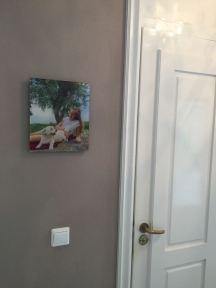 foto aan de muur