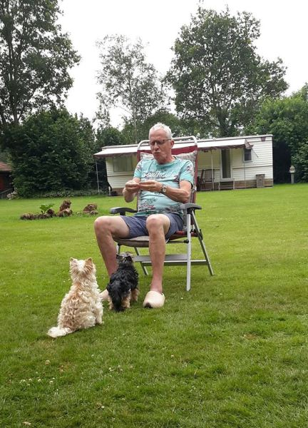 met de hond op vakantie kamperen