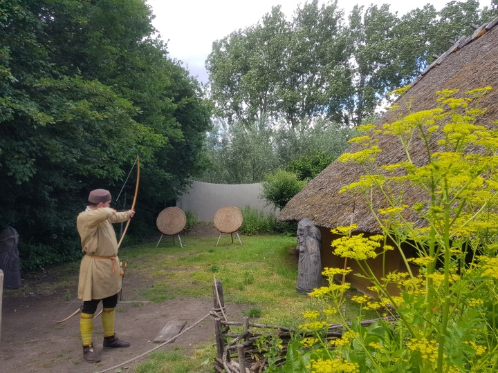 prehistorisch dorp eindhoven